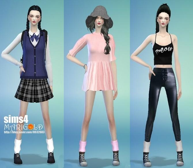 Sims 4 Loose fit socks at Marigold