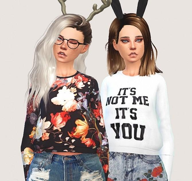 Cropped sweatshirt at Puresims image 1532 670x631 Sims 4 Updates