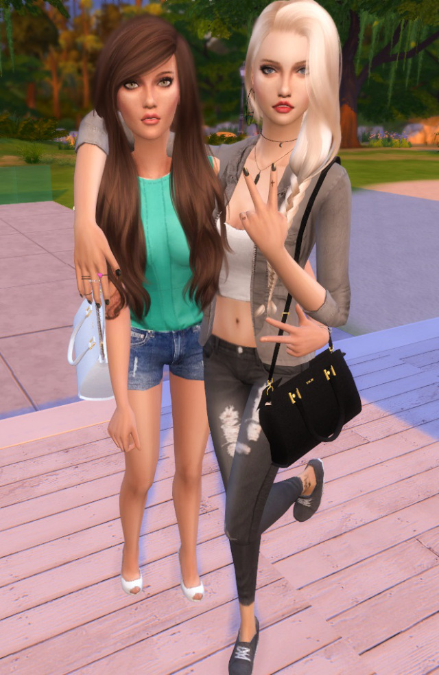 Sims 4 Best Friends Pose by Dreacia at My Fabulous Sims