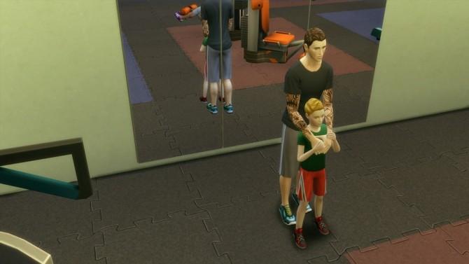 Family poses at Rusty Nail image 13217 670x377 Sims 4 Updates
