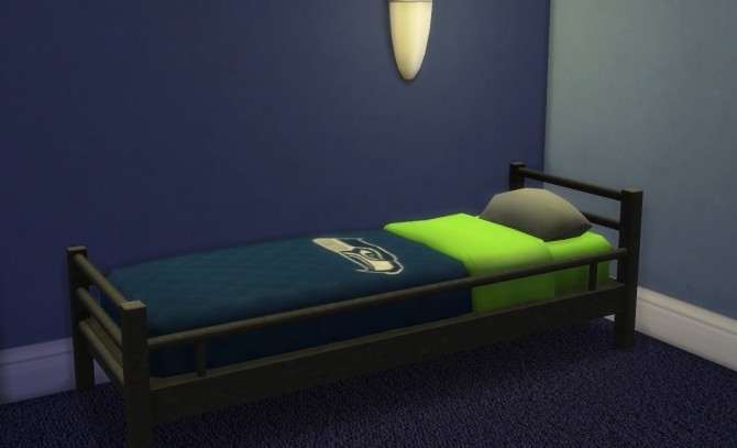 NFL Bedspreads for Veranka single mattresses by Ruffinshot at Mod The Sims image 3726 670x407 Sims 4 Updates
