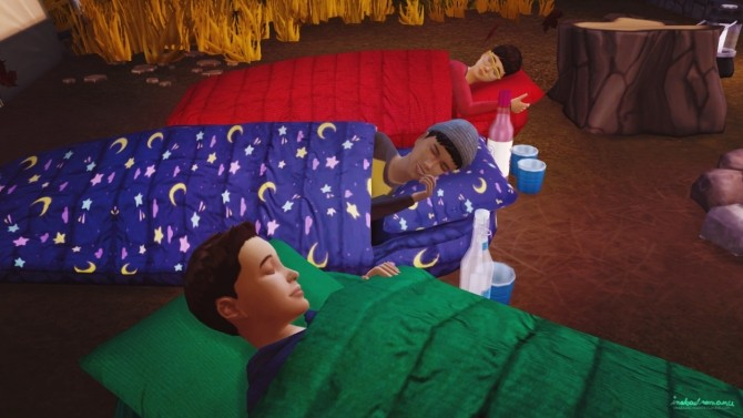 SLEEPOVER Sleeping Bags Poses At In A Bad Romance