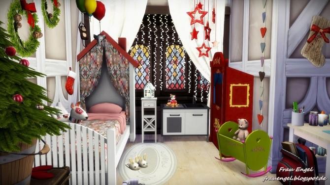 Sims 4 Tudor style house Happy New Year at Frau Engel