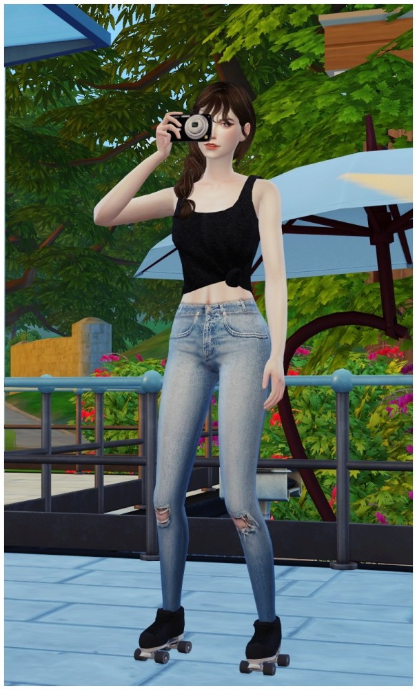 ROLLER SKATING POSES SET at Flower Chamber image 2055 605x1000 Sims 4 Updates