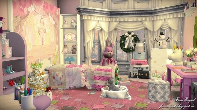Winter Street ,125 by Julia Engel at Frau Engel image 9410 670x377 Sims 4 Updates