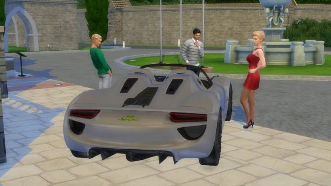 Porsche 918 Spyder Concept at LorySims image 3031 670x377 Sims 4 Updates