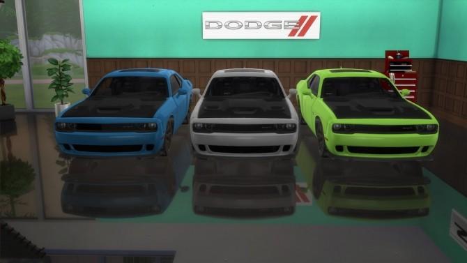 Dodge Challenger SRT Hellcat at LorySims image 2474 670x377 Sims 4 Updates