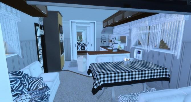 Sims 4 Benjamin Recreational Vehicle by Rissy Rawr at Pandasht Productions