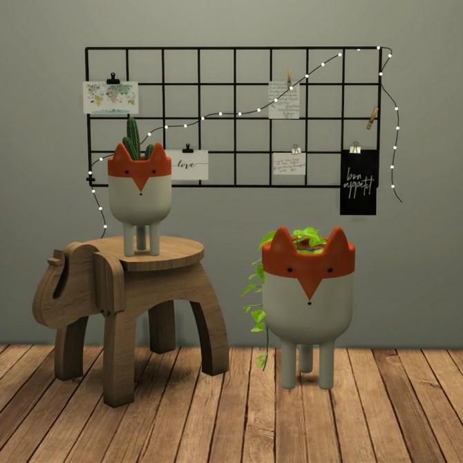 Sims 4 Fox Planter at Leo Sims