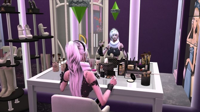 Vampire Reflection Enabled by RevyRei at Mod The Sims image 942 670x377 Sims 4 Updates