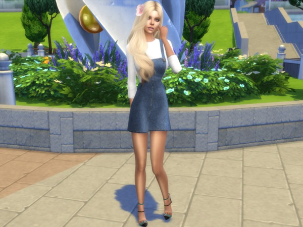 Sims 4 Monica Balan by divaka45 at TSR