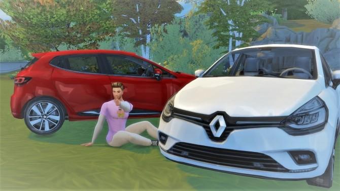 Renault Clio at LorySims image 3221 670x377 Sims 4 Updates