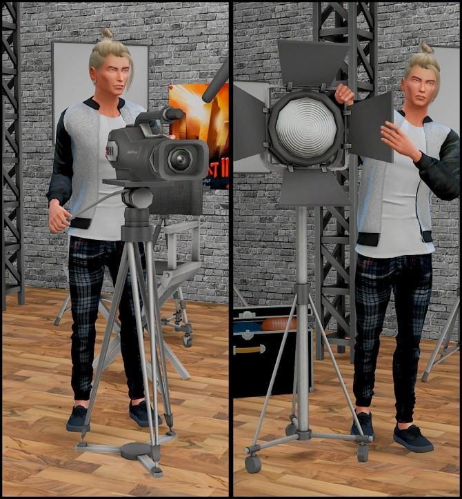 Movie poses at Rethdis love image 3313 670x724 Sims 4 Updates