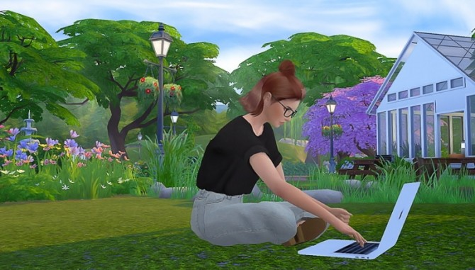 Look At The Screen POSEPACK at Solistair image 2011 670x381 Sims 4 Updates