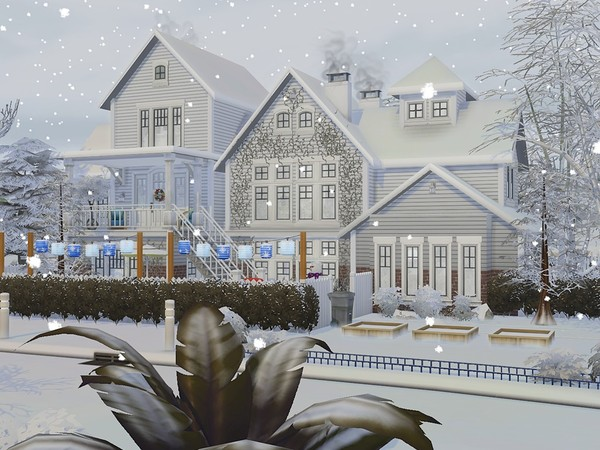 Sims 4 Winter Day house by MychQQQ at TSR