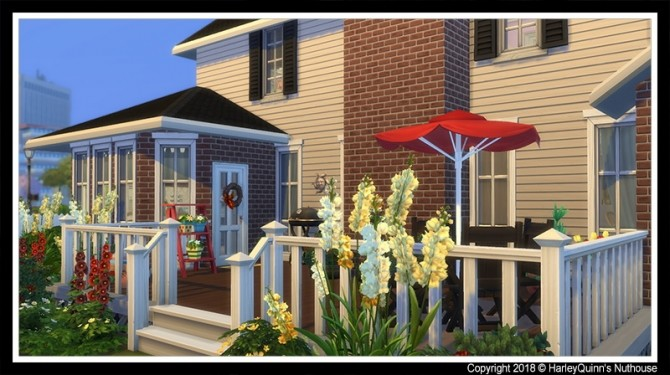 Sims 4 155 Foxshire Drive house at Harley Quinn's Nuthouse