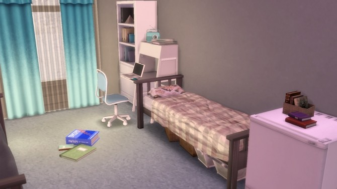 Sims 4 Clutter Bed by kady301 at Mod The Sims