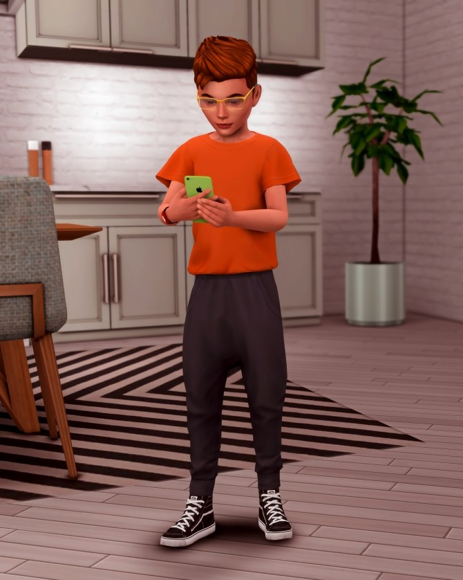 Kids with their Phone Poses at Katverse image 1781 670x838 Sims 4 Updates