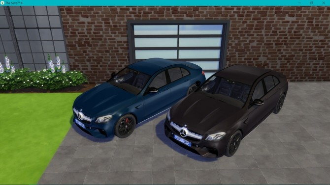 Mercedes Benz E63 AMG at LorySims image 31110 670x377 Sims 4 Updates