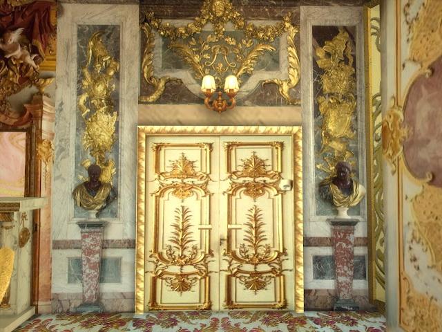 Versailles Set Door Walls