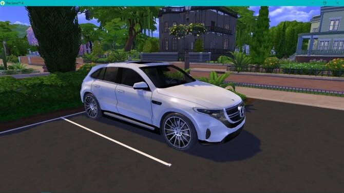 Sims 4 Mercedes Benz EQC at LorySims