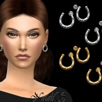 Horseshoe stud earrings by NataliS
