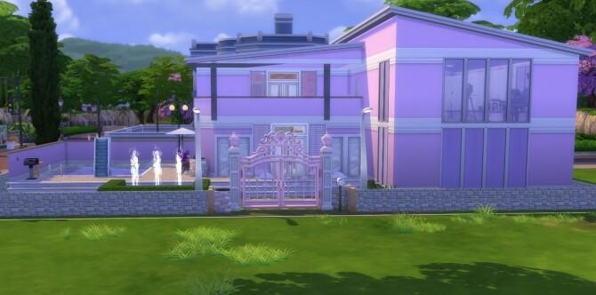 The Fancy House by Fancylotz