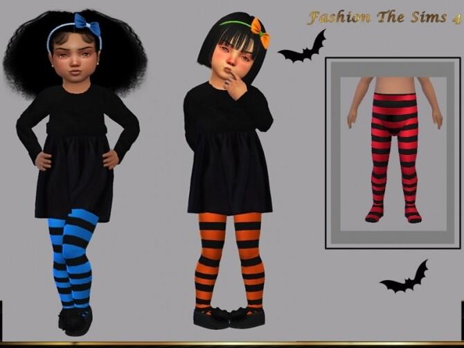 Sims 4 Paula baby socks by LYLLYAN at TSR