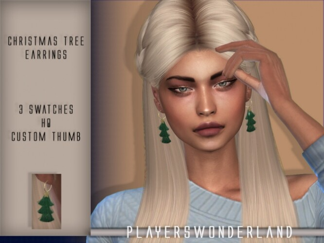 Christmas Tree Earrings by PlayersWonderland