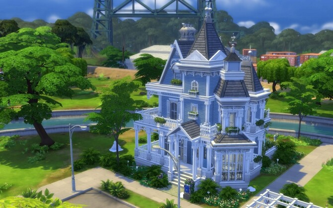 The Little Blue Victorian House by alexiasi