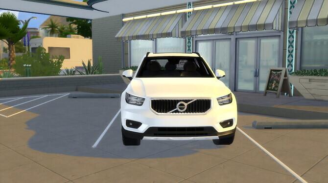 Sims 4 Volvo XC40 at LorySims