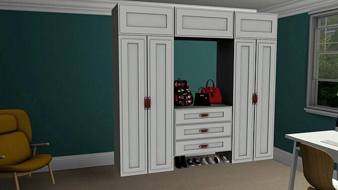 Arva Closet