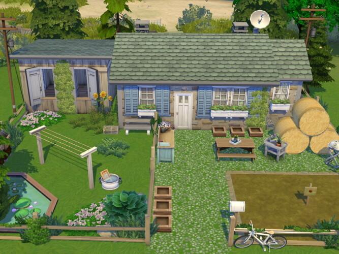 Tiny Little Farm House By Flubs79