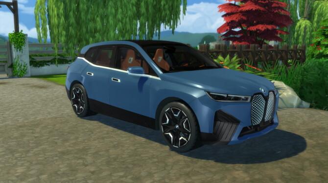 Sims 4 2022 BMW iX at LorySims